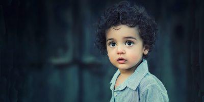 Niño_Mirada_fundación_auténticos
